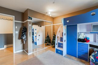 """Photo 15: 208 19953 55A Avenue in Langley: Langley City Condo for sale in """"Bayside Court"""" : MLS®# R2461204"""