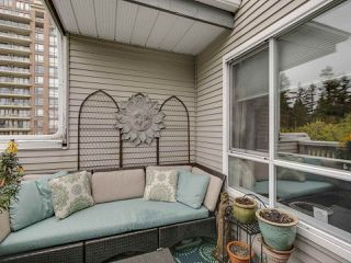 Photo 15: 404 6745 STATION HILL COURT in Burnaby: South Slope Condo for sale (Burnaby South)  : MLS®# R2445660