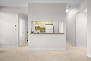 "Photo 6: 107 5380 OBEN Street in Vancouver: Collingwood VE Condo for sale in ""URBA"" (Vancouver East)  : MLS®# R2476218"