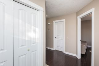 Photo 3: 10406 155 Street in Edmonton: Zone 21 House Half Duplex for sale : MLS®# E4211707