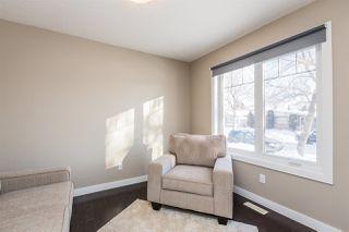 Photo 4: 10406 155 Street in Edmonton: Zone 21 House Half Duplex for sale : MLS®# E4211707