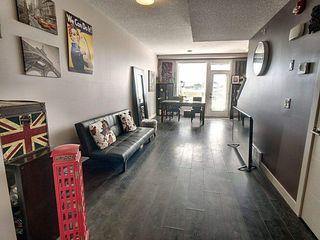 Photo 5: 59 2560 Pegasus Boulevard in Edmonton: Zone 27 Townhouse for sale : MLS®# E4213738