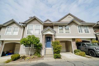 """Photo 2: 17 8716 WALNUT GROVE Drive in Langley: Walnut Grove Townhouse for sale in """"Willow Arbour"""" : MLS®# R2498725"""