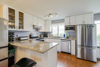 """Photo 10: 17 8716 WALNUT GROVE Drive in Langley: Walnut Grove Townhouse for sale in """"Willow Arbour"""" : MLS®# R2498725"""