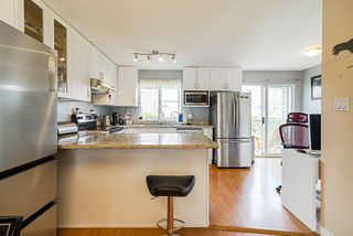 """Photo 9: 17 8716 WALNUT GROVE Drive in Langley: Walnut Grove Townhouse for sale in """"Willow Arbour"""" : MLS®# R2498725"""