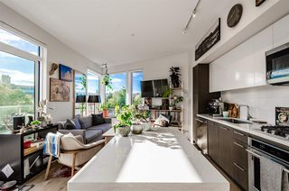 """Photo 3: 705 384 E 1ST Avenue in Vancouver: Strathcona Condo for sale in """"CANVAS"""" (Vancouver East)  : MLS®# R2507867"""