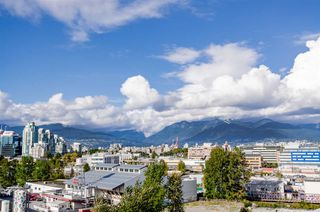 """Photo 28: 705 384 E 1ST Avenue in Vancouver: Strathcona Condo for sale in """"CANVAS"""" (Vancouver East)  : MLS®# R2507867"""