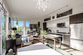 """Photo 2: 705 384 E 1ST Avenue in Vancouver: Strathcona Condo for sale in """"CANVAS"""" (Vancouver East)  : MLS®# R2507867"""
