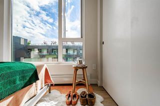 """Photo 17: 705 384 E 1ST Avenue in Vancouver: Strathcona Condo for sale in """"CANVAS"""" (Vancouver East)  : MLS®# R2507867"""