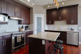 Photo 10: 1106 10303 111 Street in Edmonton: Zone 12 Condo for sale : MLS®# E4218284