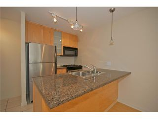 "Photo 1: 601 989 RICHARDS Street in Vancouver: Downtown VW Condo for sale in ""THE MONDRIAN"" (Vancouver West)  : MLS®# V841438"