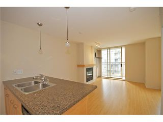 "Photo 2: 601 989 RICHARDS Street in Vancouver: Downtown VW Condo for sale in ""THE MONDRIAN"" (Vancouver West)  : MLS®# V841438"