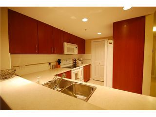 "Photo 4: 1201 235 GUILDFORD Way in Port Moody: North Shore Pt Moody Condo for sale in ""THE SINCLAIR"" : MLS®# V855234"