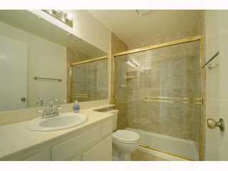 Photo 8: UNIVERSITY CITY Home for sale or rent : 2 bedrooms : 7606 Palmilla #39 in San Diego
