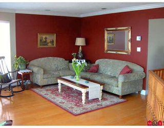 Photo 4: 15381 VICTORIA Avenue in White_Rock: White Rock House for sale (South Surrey White Rock)  : MLS®# F2829868
