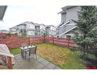 "Photo 10: 39 16760 61ST Avenue in Surrey: Cloverdale BC Townhouse for sale in ""HARVEST LANDING"" (Cloverdale)  : MLS®# F2903413"