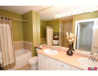 "Photo 6: 39 16760 61ST Avenue in Surrey: Cloverdale BC Townhouse for sale in ""HARVEST LANDING"" (Cloverdale)  : MLS®# F2903413"
