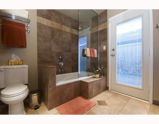 """Photo 8: 5880 CORMORANT Court in Richmond: Westwind House for sale in """"WESTWIND"""" : MLS®# V754592"""