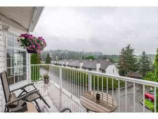 "Photo 9: 403 1180 FALCON Drive in Coquitlam: Eagle Ridge CQ Townhouse for sale in ""FALCON HEIGHTS"" : MLS®# R2393090"