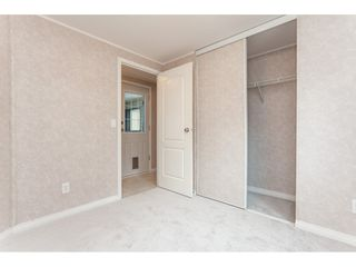"""Photo 16: 70 2270 196 Street in Langley: Brookswood Langley Manufactured Home for sale in """"Pineridge Park"""" : MLS®# R2398738"""