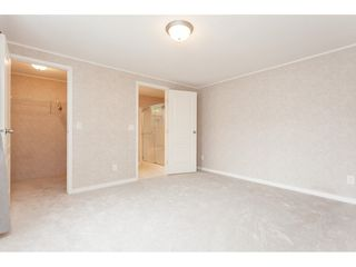 """Photo 12: 70 2270 196 Street in Langley: Brookswood Langley Manufactured Home for sale in """"Pineridge Park"""" : MLS®# R2398738"""