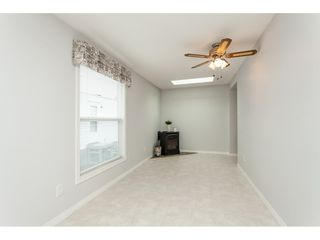 """Photo 10: 70 2270 196 Street in Langley: Brookswood Langley Manufactured Home for sale in """"Pineridge Park"""" : MLS®# R2398738"""