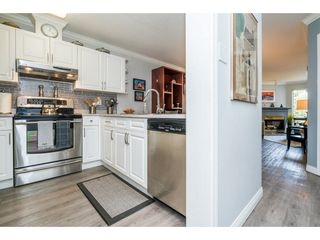 Photo 6: 208 1220 LASALLE PLACE in Coquitlam: Canyon Springs Condo for sale : MLS®# R2260601