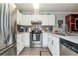 Photo 5: 208 1220 LASALLE PLACE in Coquitlam: Canyon Springs Condo for sale : MLS®# R2260601