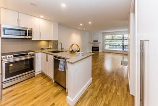 "Main Photo: 207 124 W 3RD Street in North Vancouver: Lower Lonsdale Condo for sale in ""THE VOGUE"" : MLS®# R2436484"