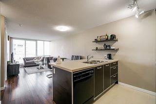 "Photo 4: 1808 13688 100 Avenue in Surrey: Whalley Condo for sale in ""Park Place 1"" (North Surrey)  : MLS®# R2474939"