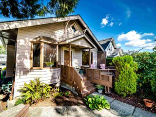 Photo 1: 2849 CAMBRIDGE Street in Vancouver: Hastings Sunrise House for sale (Vancouver East)  : MLS®# R2501157