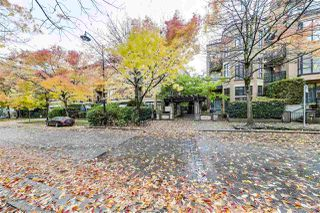 "Photo 20: 309 2175 SALAL Drive in Vancouver: Kitsilano Condo for sale in ""SAVONA"" (Vancouver West)  : MLS®# R2509771"