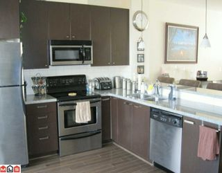"""Photo 6: 135 18777 68A Avenue in Surrey: Clayton Townhouse for sale in """"COMPASS"""" (Cloverdale)  : MLS®# F1004663"""