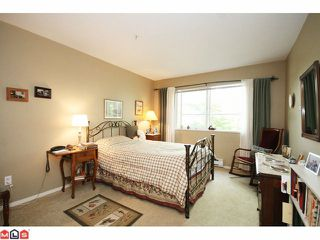 "Photo 8: 215 5765 GLOVER Road in Langley: Langley City Condo for sale in ""COLLEGE COURT"" : MLS®# F1013966"