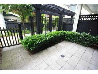 """Photo 10: 6828 VILLAGE Grove in Burnaby: Highgate Townhouse for sale in """"CAMARILLO at the VILLAGE"""" (Burnaby South)  : MLS®# V838315"""