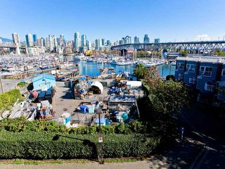 "Photo 10: 406 1510 W 1ST Avenue in Vancouver: False Creek Condo for sale in ""MARINER'S WALK"" (Vancouver West)  : MLS®# V853806"