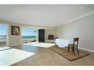 Photo 3: PACIFIC BEACH Home for sale or rent : 3 bedrooms : 3920 Riviera #V