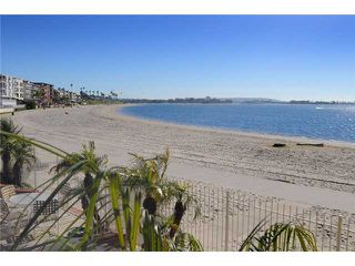 Photo 13: PACIFIC BEACH Home for sale or rent : 3 bedrooms : 3920 Riviera #V