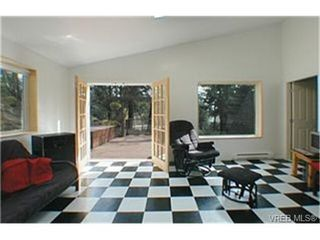 Photo 4:  in VICTORIA: La Florence Lake House for sale (Langford)  : MLS®# 427439