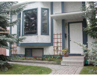 Photo 2: 83 HAWKLEY VALLEY Road NW in CALGARY: Hawkwood Residential Detached Single Family for sale (Calgary)  : MLS®# C3361243
