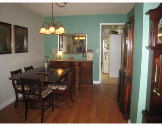 Photo 3: 5691- 5693 NEVILLE Street in Burnaby: South Slope House Duplex for sale (Burnaby South)  : MLS®# V763510