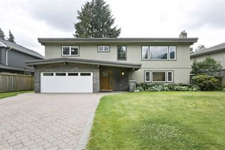 Photo 1: 1663 PIERARD Road in North Vancouver: Lynn Valley House for sale : MLS®# R2388430