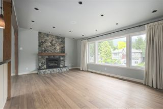 Photo 11: 1663 PIERARD Road in North Vancouver: Lynn Valley House for sale : MLS®# R2388430