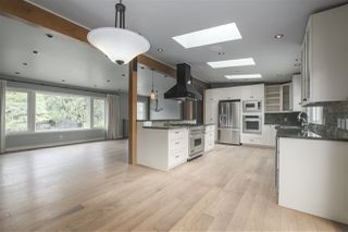 Photo 13: 1663 PIERARD Road in North Vancouver: Lynn Valley House for sale : MLS®# R2388430