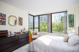 "Photo 16: 403 151 W 2ND Street in North Vancouver: Lower Lonsdale Condo for sale in ""SKY"" : MLS®# R2389638"
