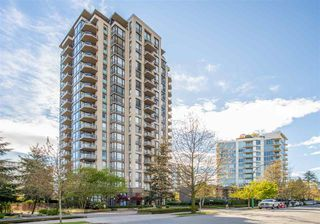 "Photo 3: 403 151 W 2ND Street in North Vancouver: Lower Lonsdale Condo for sale in ""SKY"" : MLS®# R2389638"