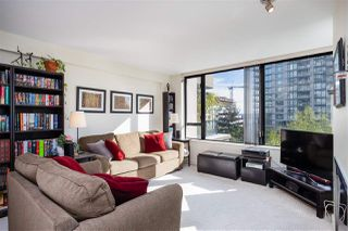 "Photo 14: 403 151 W 2ND Street in North Vancouver: Lower Lonsdale Condo for sale in ""SKY"" : MLS®# R2389638"