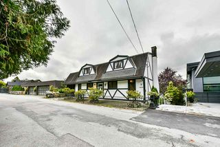 Photo 2: 1020 ALDERSIDE Road in Port Moody: North Shore Pt Moody House for sale : MLS®# R2409889