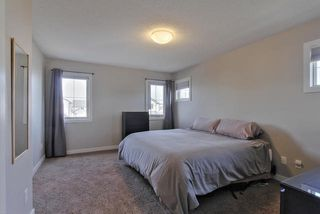 Photo 8: 5611 17 AV SW in Edmonton: Zone 53 House for sale : MLS®# E4176356