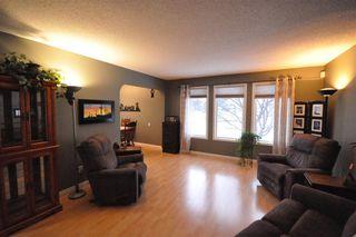 Photo 3: 39 UMBACH Road: Stony Plain House for sale : MLS®# E4187846